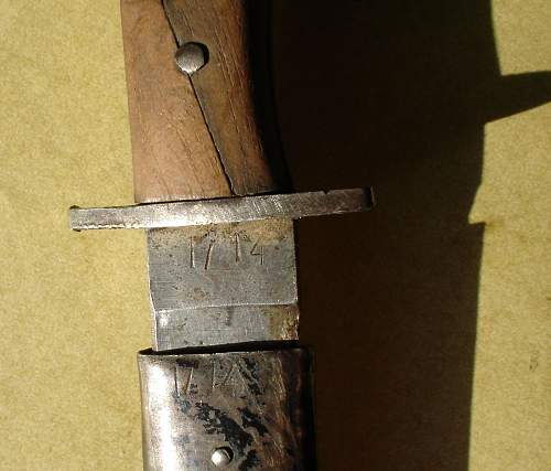 what number on blade and scabbard of this German WWII fighting knife ?