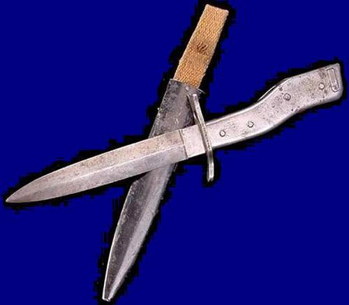 Click image for larger version.  Name:German Crank Handle DEMAG Bayonet & Fighting Knife-WWIc.jpg Views:454 Size:31.9 KB ID:214979