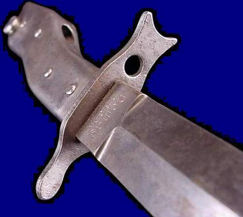 Click image for larger version.  Name:German Crank Handle DEMAG Bayonet & Fighting Knife-WWIs.jpg Views:239 Size:41.9 KB ID:214983