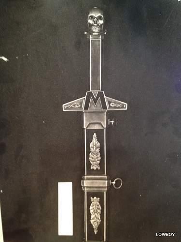 Himmler's Gift Dagger to Mussolini?????