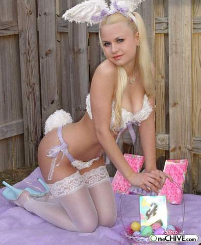 Click image for larger version.  Name:easter babe.jpg Views:63 Size:69.6 KB ID:488437