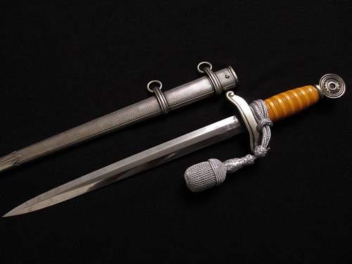 Teno leader dagger