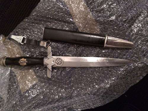 Finally, an RLB EM dagger!