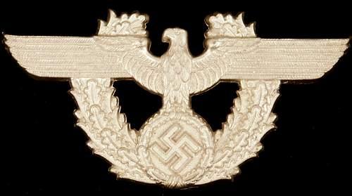 """Police Eagle & Wreath Insignia (4"""" wide )"""