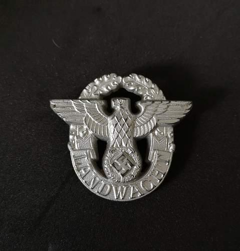 Landwacht cap badge