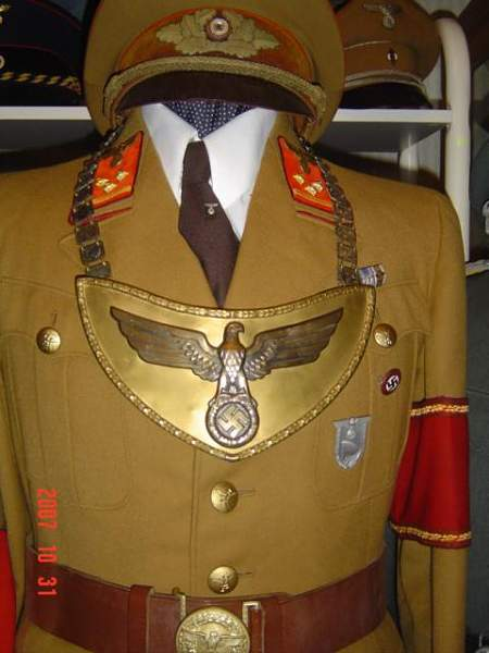 Click image for larger version.  Name:Third Reich Collection 156.jpg Views:108 Size:45.5 KB ID:22205
