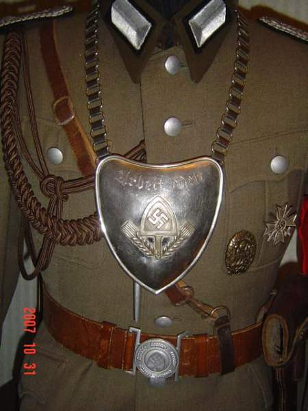 Click image for larger version.  Name:Third Reich Collection 155.jpg Views:111 Size:48.9 KB ID:22206