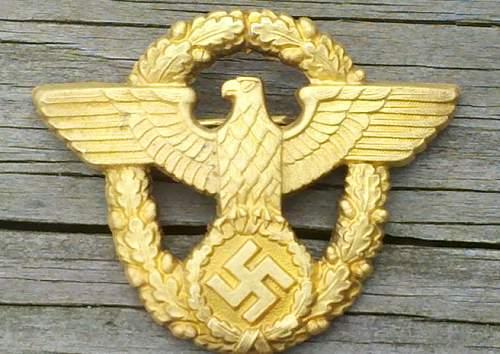 Guilded Police eagle for peaked visor