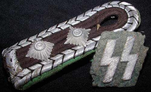 Police SS Rune and shoulder board