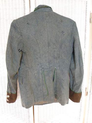 Click image for larger version.  Name:Schutzpolizei tunic(3).jpg Views:47 Size:109.1 KB ID:401666