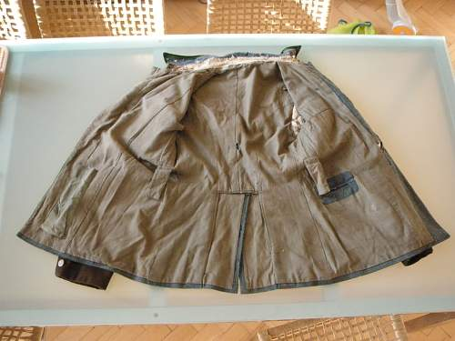 Click image for larger version.  Name:Schutzpolizei tunic(4).jpg Views:47 Size:99.3 KB ID:401667