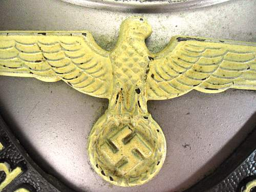 Hello Im looking at picking up this german police Gorget does it look good to you?