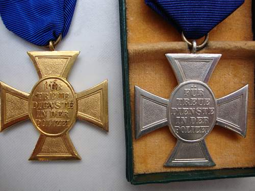 Polizei 18-year award for review
