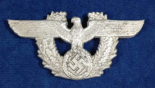 Click image for larger version.  Name:Polizei-KuQ-37-Cartouche-Obverse.jpg Views:196 Size:328.7 KB ID:438821