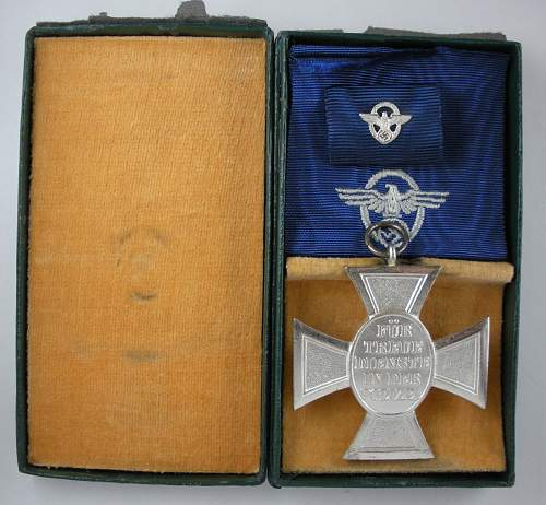 Click image for larger version.  Name:Polizei-18-year-cased-Reverse.jpg Views:240 Size:320.5 KB ID:440952