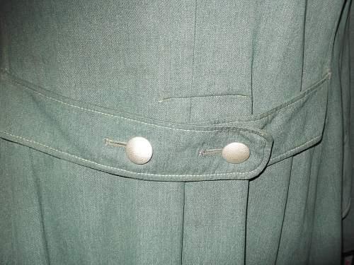 Show you polizei uniforms with information.