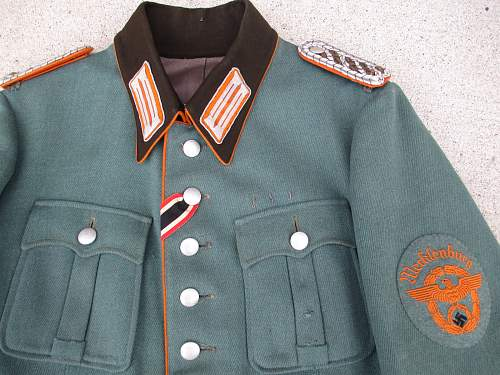Rural police tunic, original?