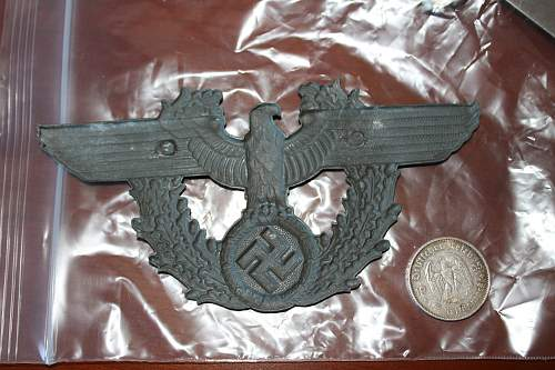 Large metal eagle, Please help to ID