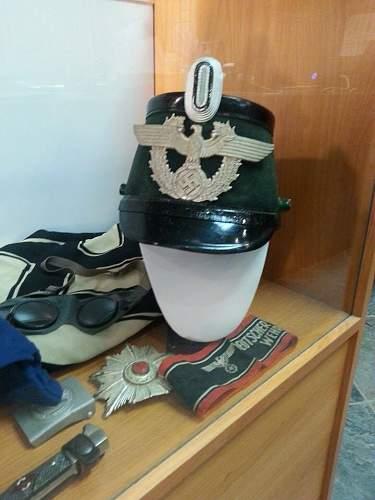 Need help!  police tunic and shako