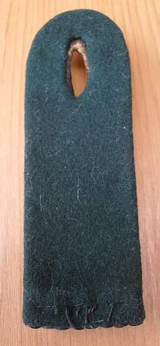 Unknown Shoulder Board