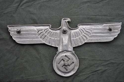 "27"" HE Railroad Eagle."