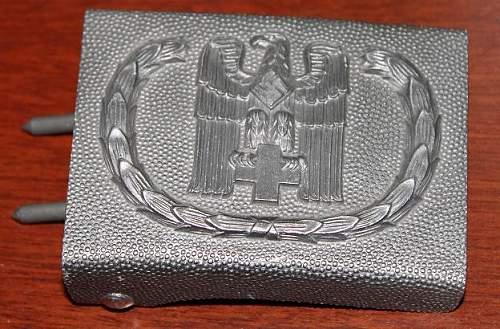Deutsche Rote Kreuz 1938 pattern buckle?