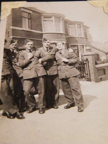 Click image for larger version.  Name:ww2 family pics 005.jpg Views:110 Size:225.4 KB ID:121348