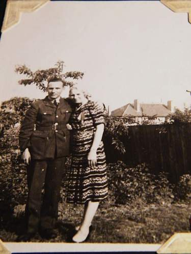Click image for larger version.  Name:ww2 family pics 006.jpg Views:115 Size:226.5 KB ID:121349