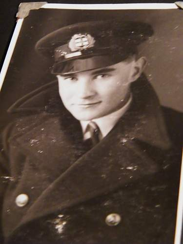 Click image for larger version.  Name:ww2 family pics 027.jpg Views:74 Size:228.7 KB ID:121379