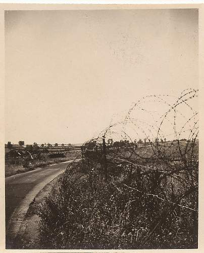 Click image for larger version.  Name:d-day..road....jpg Views:155 Size:253.3 KB ID:197116