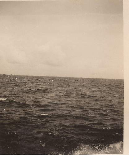 Click image for larger version.  Name:d-day...at sea....jpg Views:189 Size:241.2 KB ID:197124