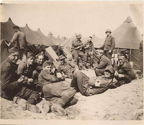 Click image for larger version.  Name:german pow's captured on d-day 1944.jpg Views:818 Size:247.3 KB ID:197137