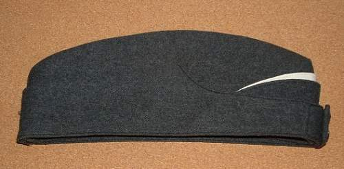Click image for larger version.  Name:RCAF Air Cadet Cap 2.JPG Views:86 Size:56.0 KB ID:263340