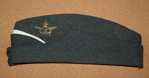Click image for larger version.  Name:RCAF Air Cadet Cap 1.JPG Views:313 Size:64.2 KB ID:263342