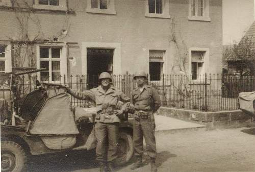 Click image for larger version.  Name:US jeep w browning.jpg Views:913 Size:72.1 KB ID:265763