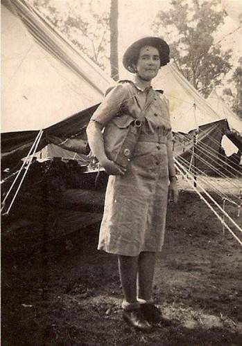Click image for larger version.  Name:Everleen Thompson in Army [1024x768] (Copy).jpg Views:43 Size:76.8 KB ID:331017