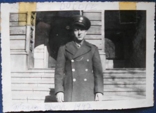 My family during WW2 (1942) Navy?
