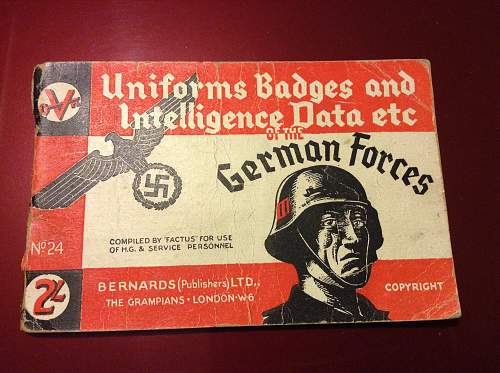 British Wartime printed booklets containing German Intelligence