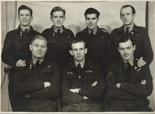 Click image for larger version.  Name:Bomber Crew.jpg Views:39 Size:305.3 KB ID:769158