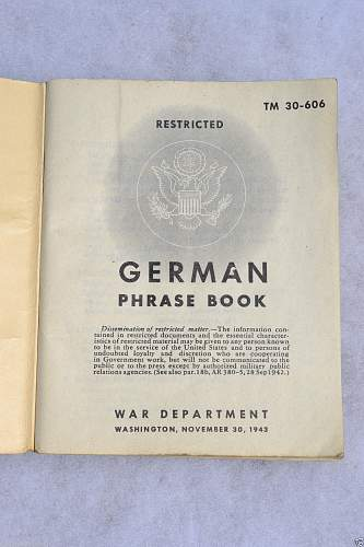 Latest Pick-Up - German Phrase Book