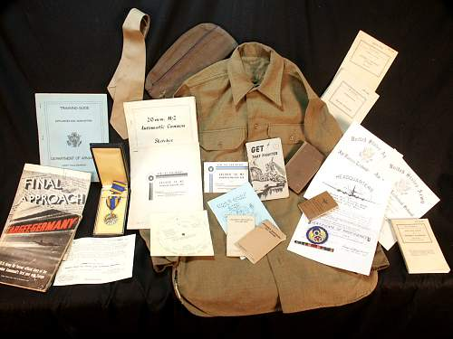 B-17 Aerial Gunner ( Small group of items )