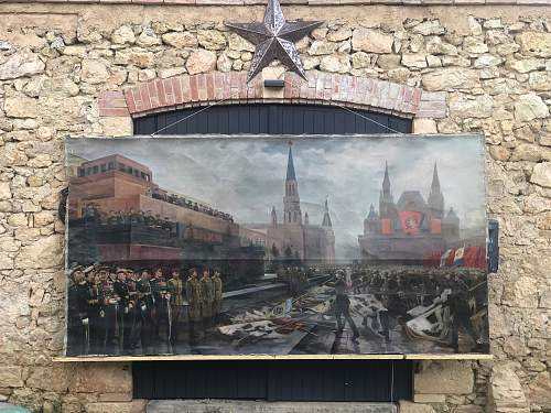 Large painting Moscow parade