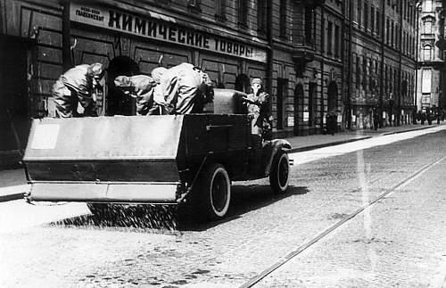 Click image for larger version.  Name:soviet gasmasks (2).jpg Views:145 Size:98.9 KB ID:22981