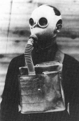 Click image for larger version.  Name:soviet gasmasks (7).jpg Views:314 Size:36.0 KB ID:22986