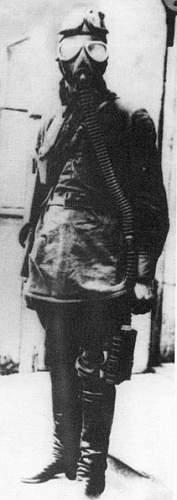 Click image for larger version.  Name:soviet gasmasks (8).jpg Views:256 Size:36.4 KB ID:22987