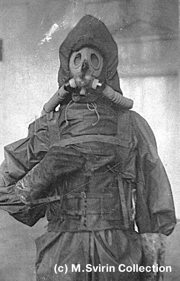 D Red Army Soldiers Wearing Gas Masks Anyone Have Photos Soviet Russian Gasmasks
