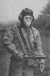 Red Army Soldiers wearing gas masks: anyone have photos?