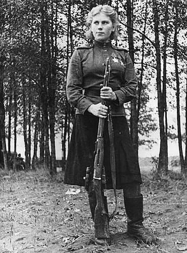 Click image for larger version.  Name:Sgt Rose Shanina Pogibla 1945a.jpg Views:176 Size:124.0 KB ID:266078