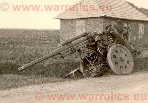 Click image for larger version.  Name:��gun.jpg Views:281 Size:42.5 KB ID:526