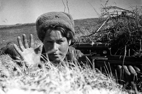 Click image for larger version.  Name:Red-Army-Woman-Sniper[1].jpg Views:895 Size:54.1 KB ID:795016
